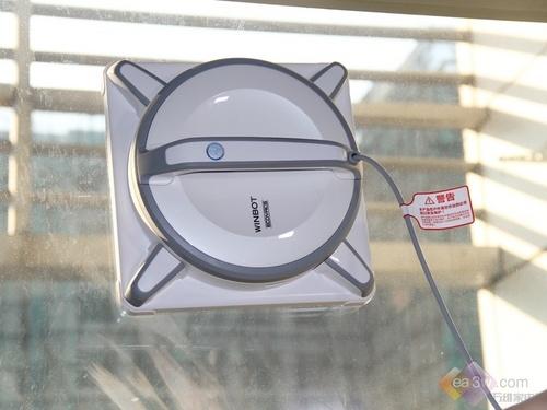 科沃斯擦窗机器人